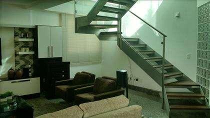 Escada de Acesso ao Lazer