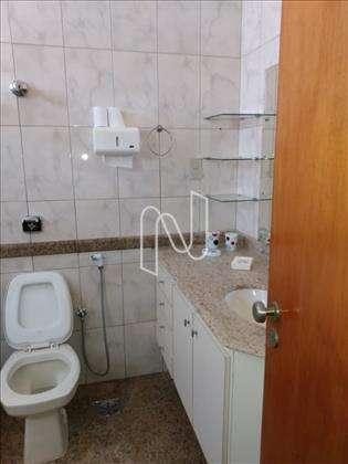 Banheiro suíte Master.
