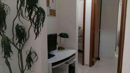 corredor com escritório