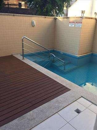 lazer do prédio: piscina