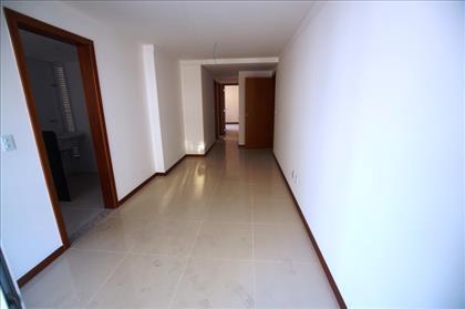 Sala ampla 2 ambientes.