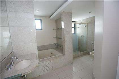 banheiro da suíte principal
