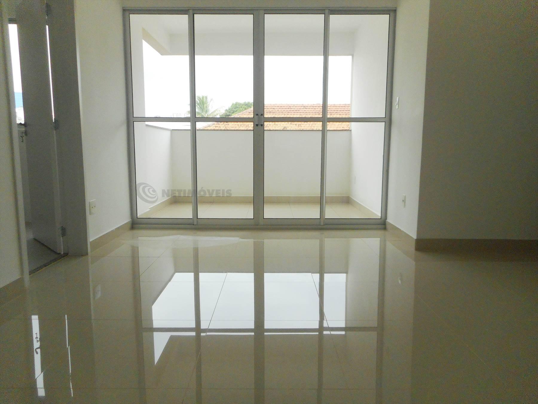 sala dois ambientes com varanda