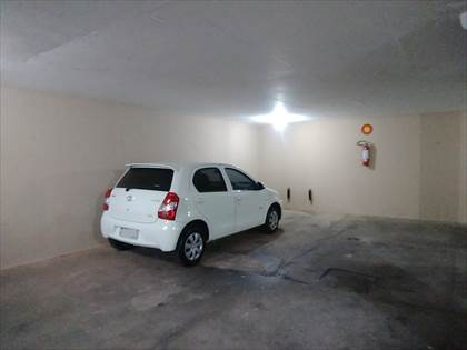 Garagem.