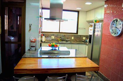 cozinha e área de serviços