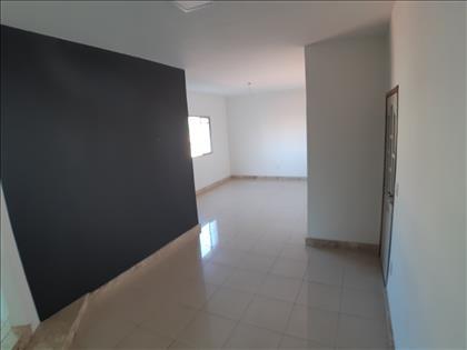 Sala para 2 ambientes com 2 níveis