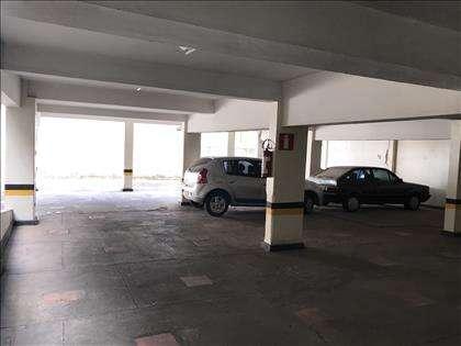 Garagem sob outra vista