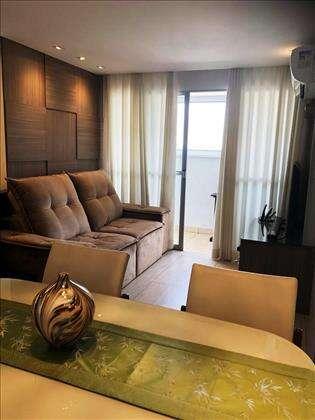 Sala de estar com varanda