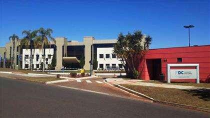 F. Dom Cabral Escola de negócios brasileira