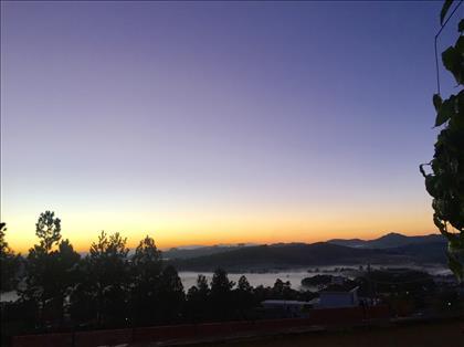 Vista do amanhecer no entorno
