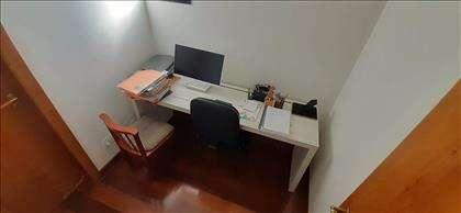DCE convertido em escritório - B