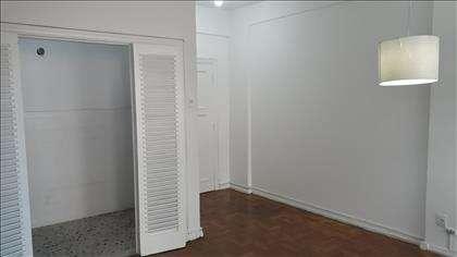 Sala ampla para 02 ambientes