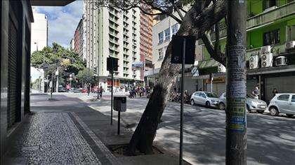 Cruzamento da Rua São Paulo com Av. Amazonas