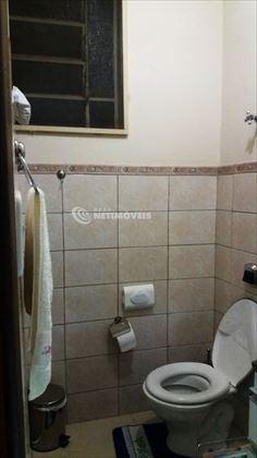 Banheiro visto de outro ângulo