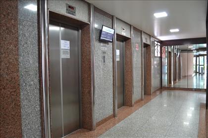 03 elevadores modernos
