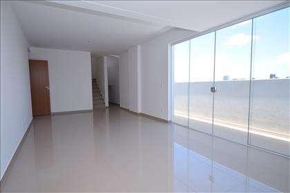 Sala ampla para 02 ambientes com varanda