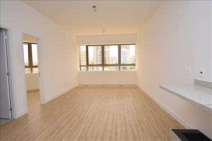 Sala ampla para dois ambientes