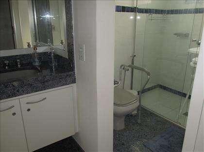 Banheiro social 1º andar