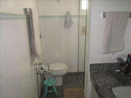 Banheiro social do 2º andar