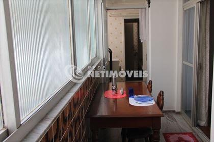 Varanda fechada, acesso pela sala de jantar