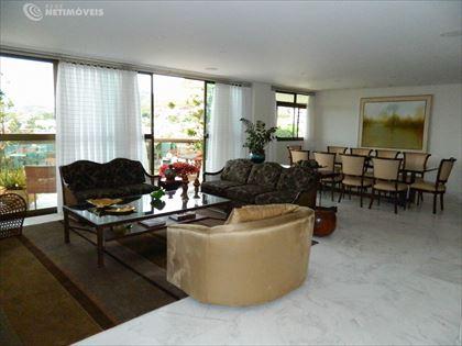 Sala de estar ângulo 4