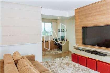 Sala de televisão e home office