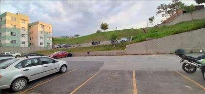 Estacionamento demarcado