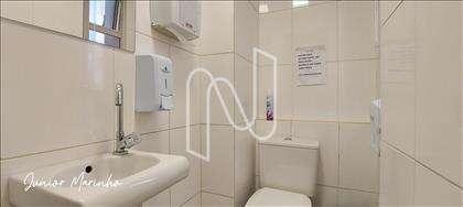 Banheiro tipo Sala 1