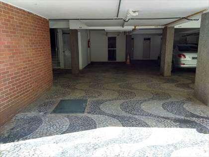 Garagem / Vagas para 3 carros em linha