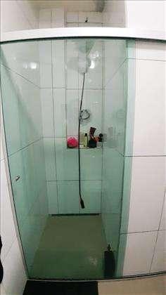 Banho com box em vidro temperado