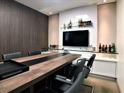 Sala de reunião ângulo 3