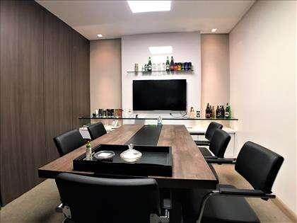 Sala de reunião ângulo 1
