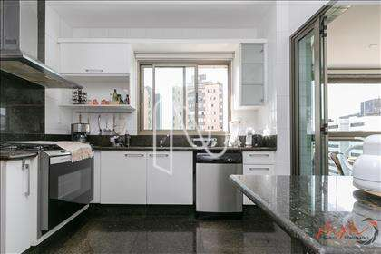 Cozinha integrada com varanda gourmet