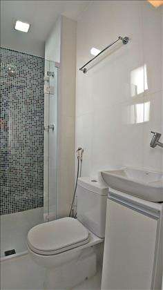 Banheiro na Área Serviço