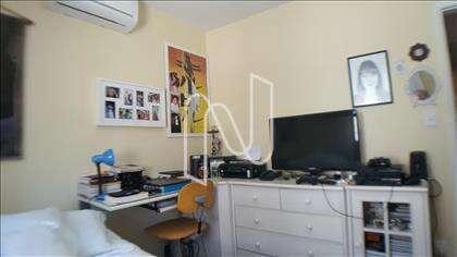 Dormitório 1 c/Ar Condicionado