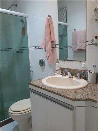 Banheiro suíte principal
