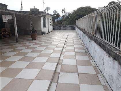Terraço com vista livre, com 140 m²