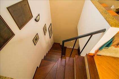 20 - Escada.jpg