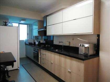 12 - Ampla Cozinha.jpg