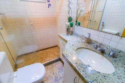 20 - Banheiro Social.jpg
