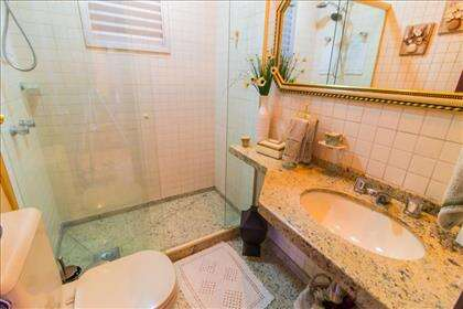 10 - Banheiro Social.jpg
