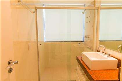 16 - Banheiro Suíte 01.jpg