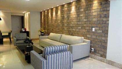 04 - Sala de estar com projeto de iluminação