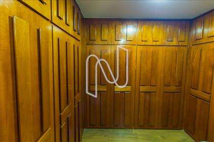 30 - Closet Mezanino