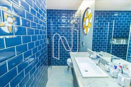 18 - Banheiro da Suíte 03