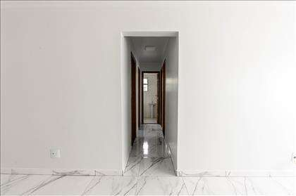 Área de circulação do apartamento.