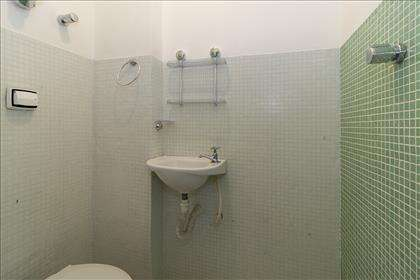 DCE - banheiro