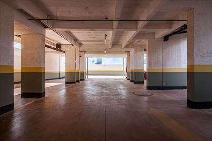 09 - Garagens