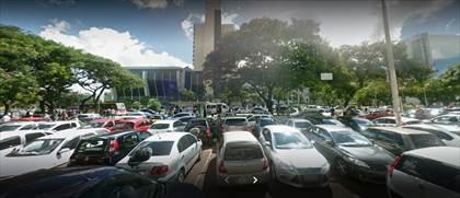 Estacionamento público