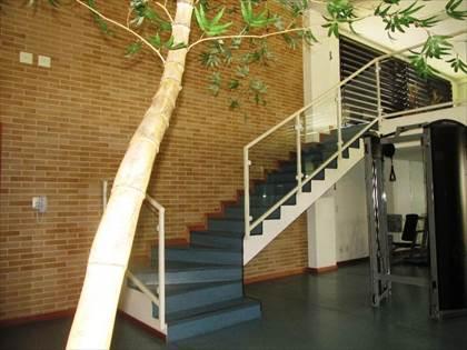 Academia com dois pisos